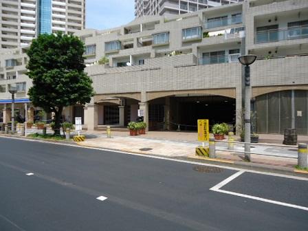 【一日予約】BLUU Smart Parking シーリアお台場三番街付属駐車場の画像1
